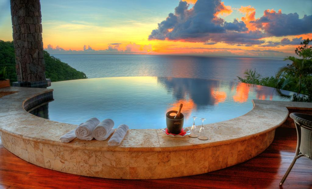Hotel Of The Day: Jade Mountain, St Lucia