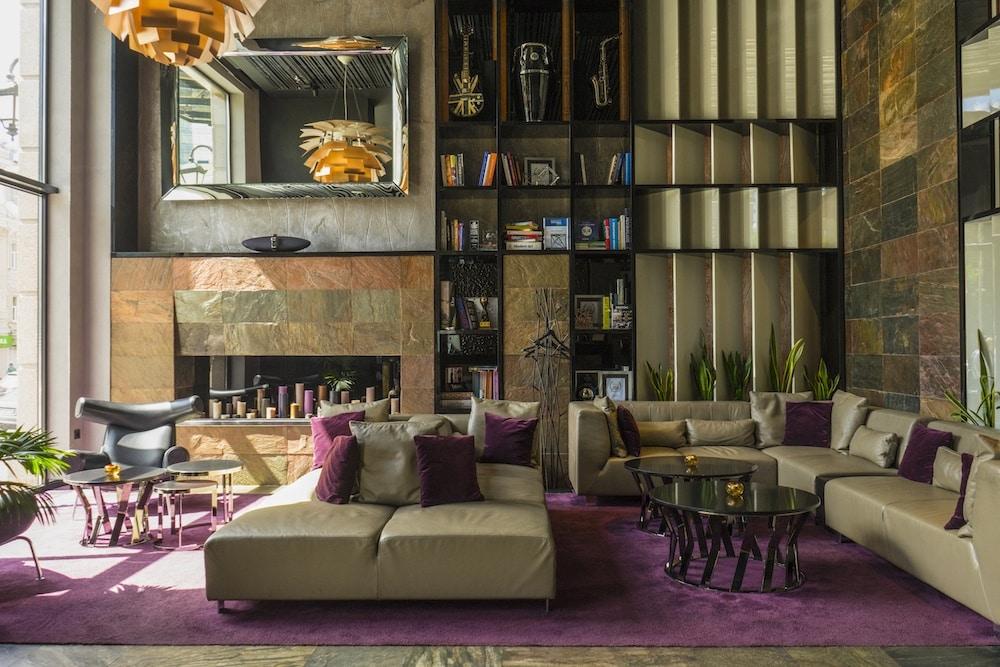 11 Mirrors Design Hotel in Kiev