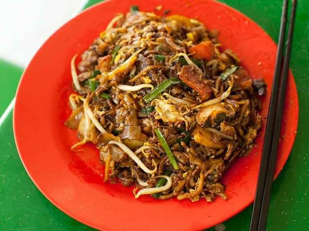 Char kway teow in SG