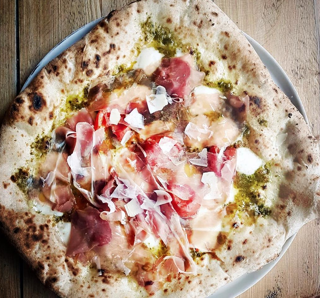 21 Pizzas In England You Have To Eat Before You Die