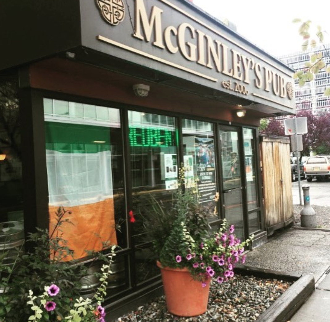 McGinleys Irish Bar in America