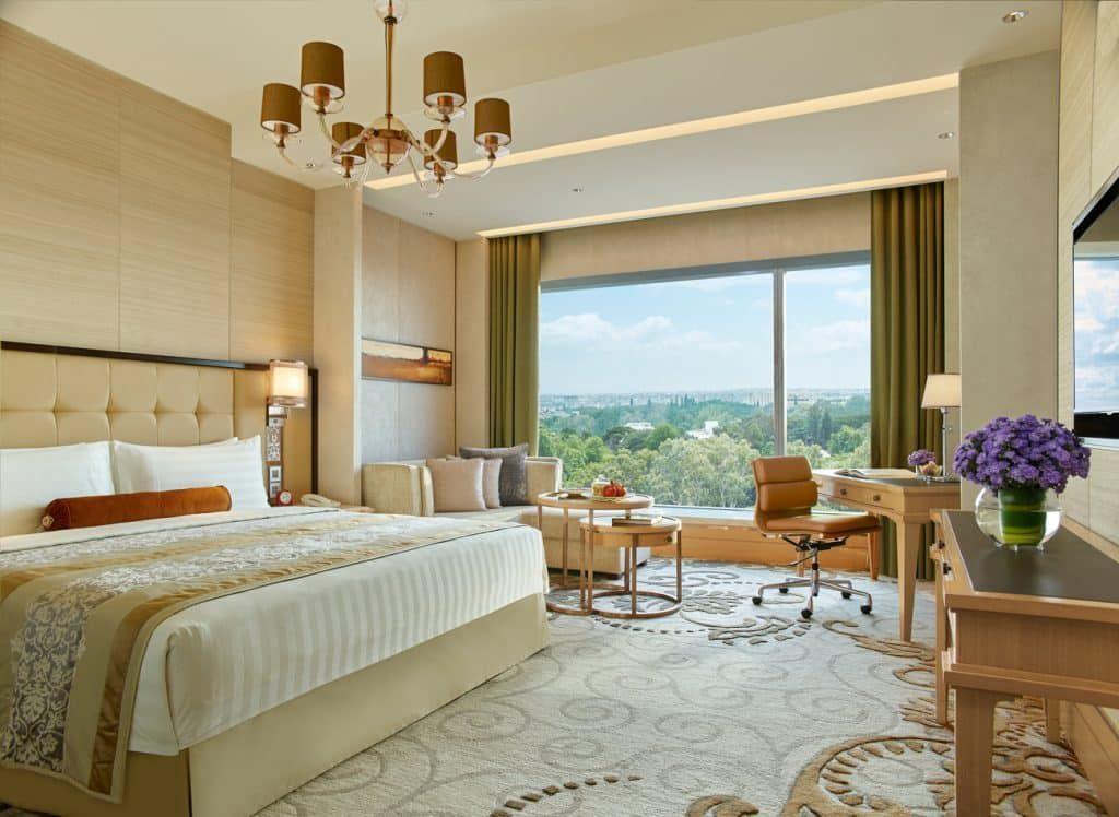 Shangri La Hotel Bangalore