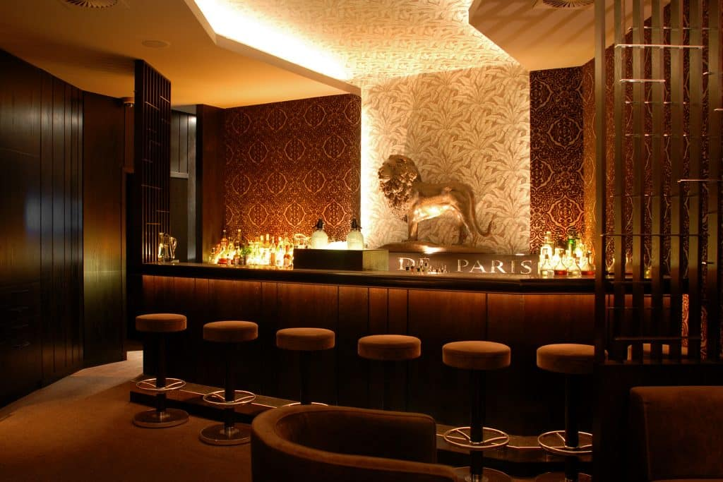 Le Lion Cocktail Bars In Europe