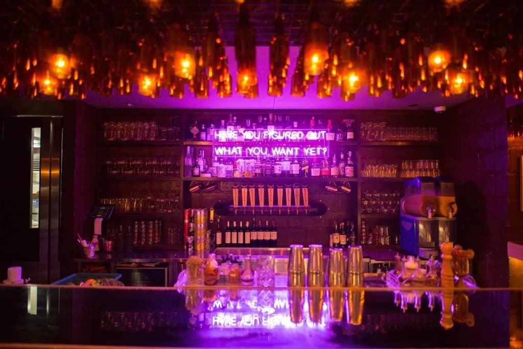 Polilya Bar