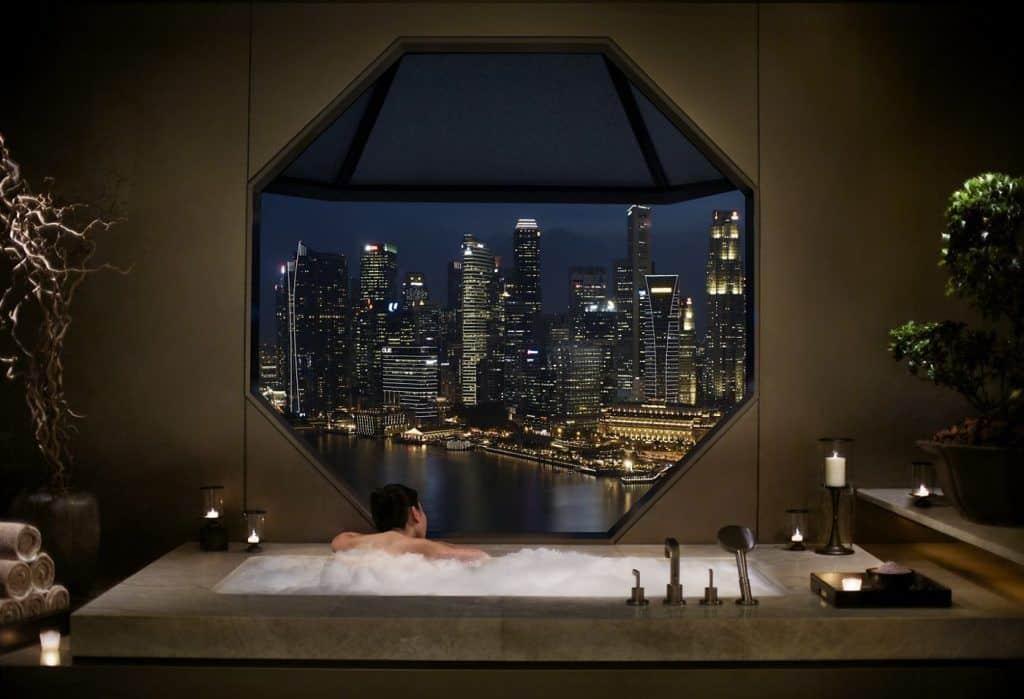 Iconic octagonal window