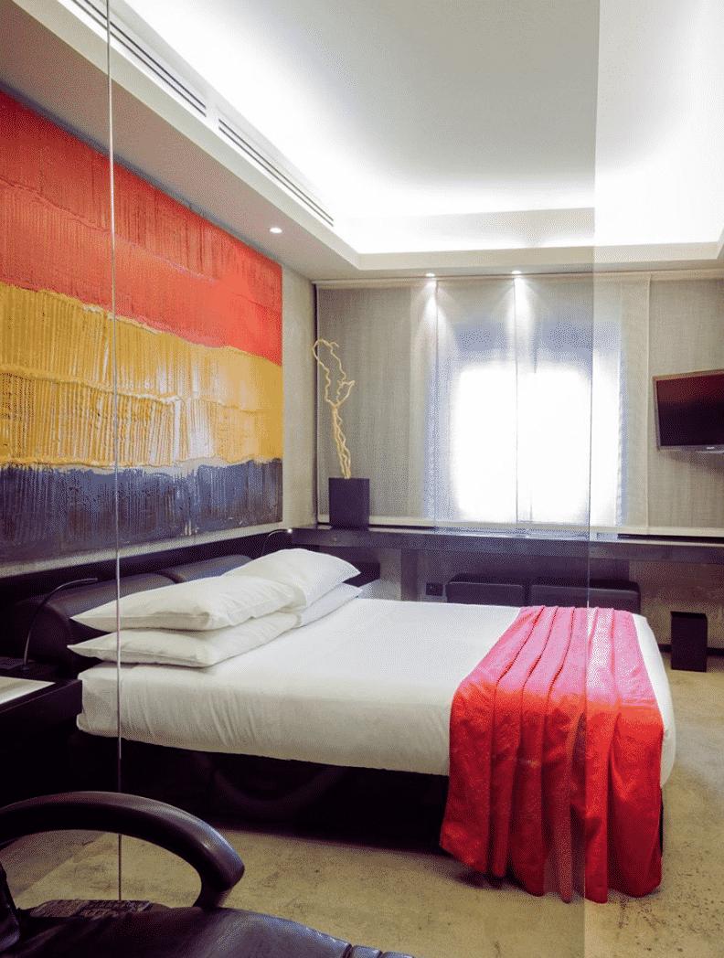 Straf Hotel in Milan