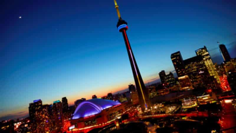 7 Things To Know CN Tower Toronto