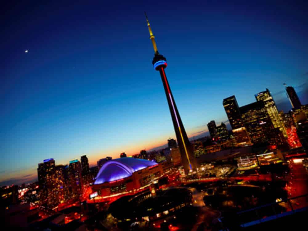 7 Things To Know CN Tower Toronto