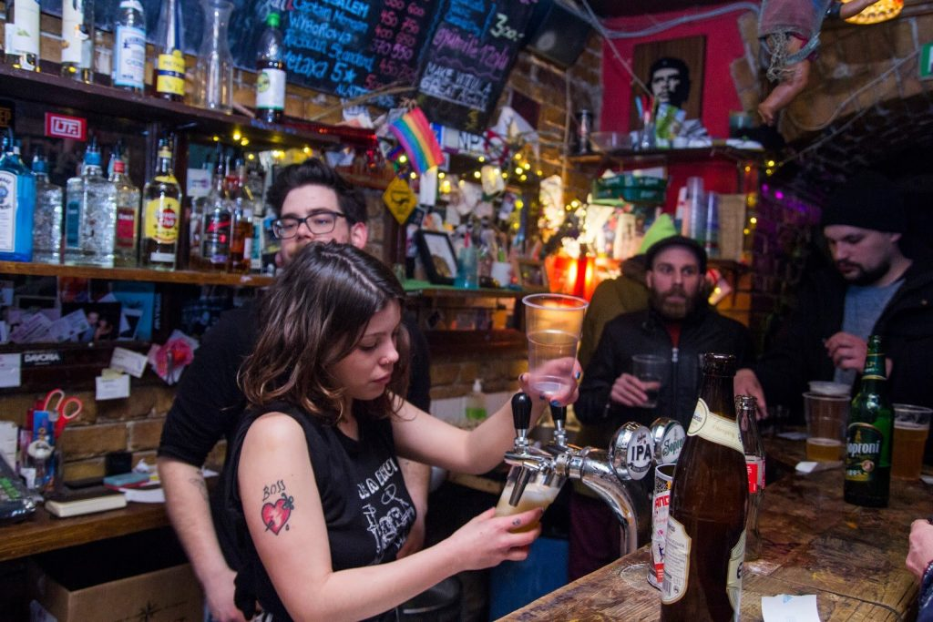 Klub Vittula Dive Bars