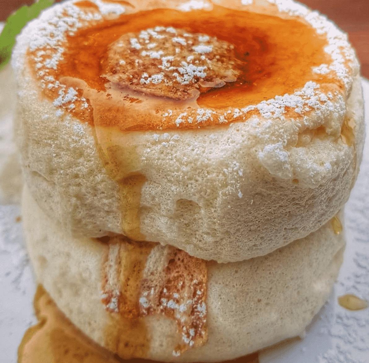 Fluffy Soufflé Pancakes Breakfast