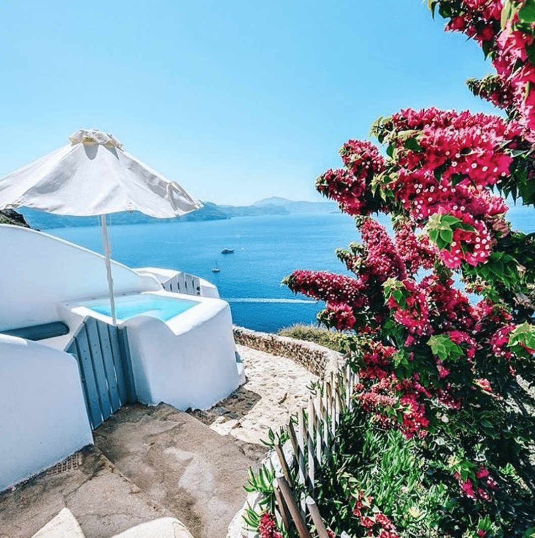 7 Best Instagrammable Spots In Santorini