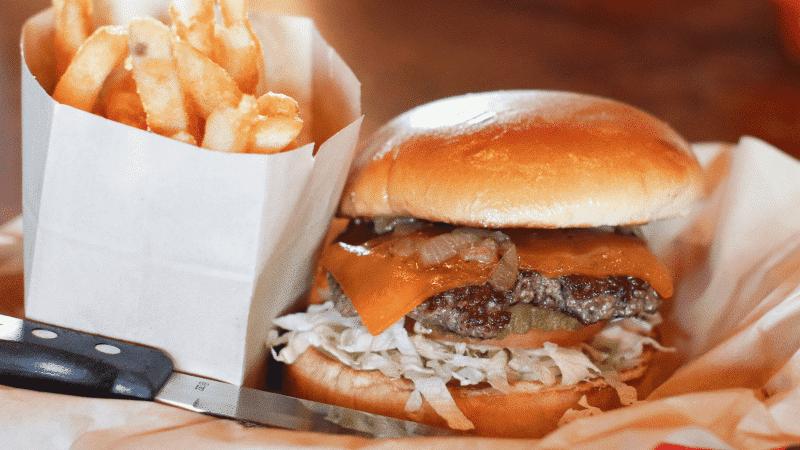 The 25 Best Arizona Burgers