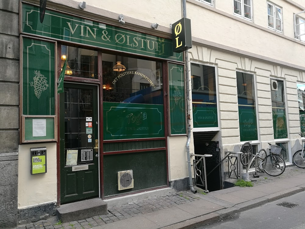 Toga Vinstue Bar