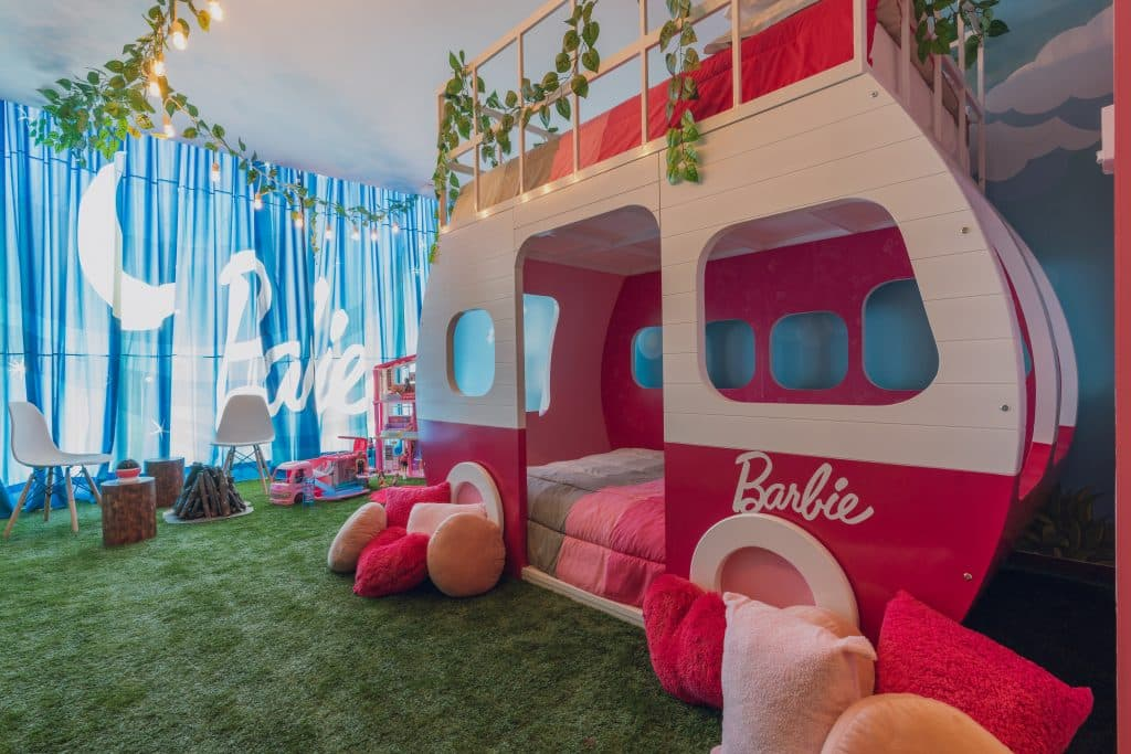Barbie hotel suite