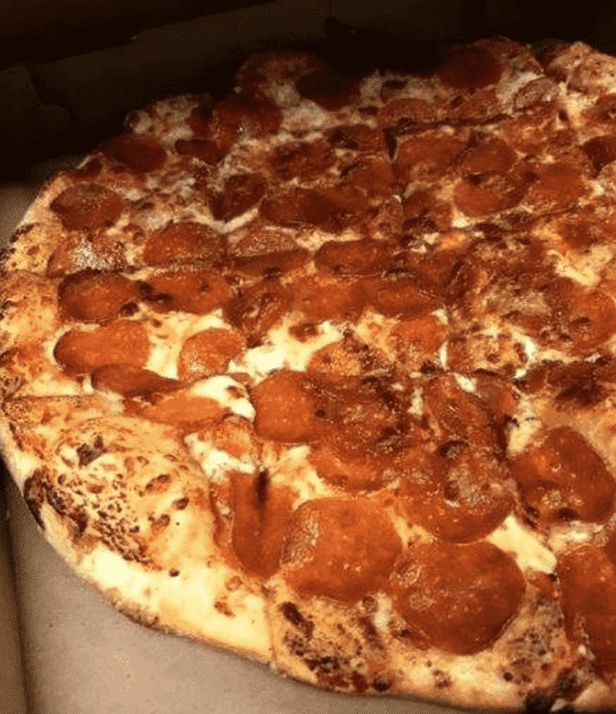 Pizzeria Due in Chicago