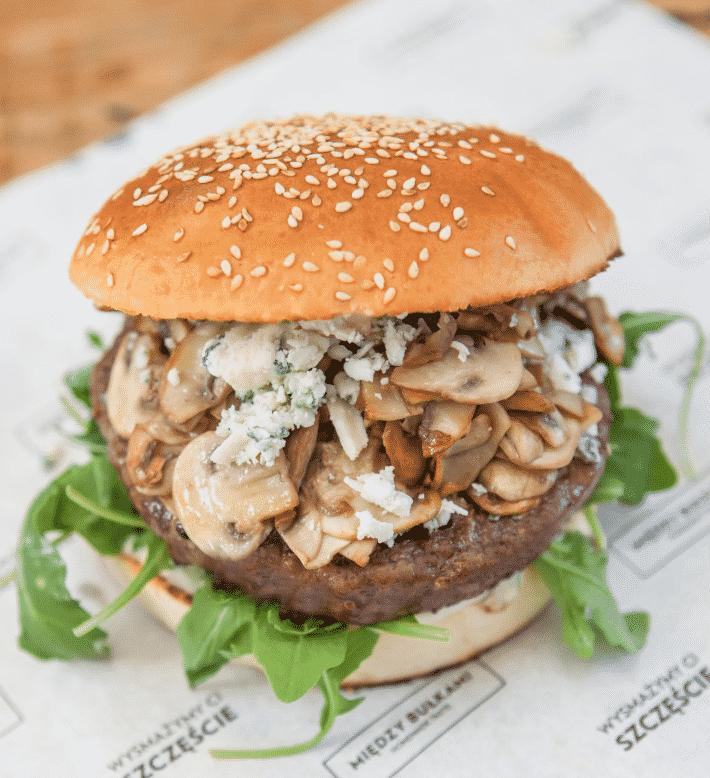 Między Bułkami Hamburger