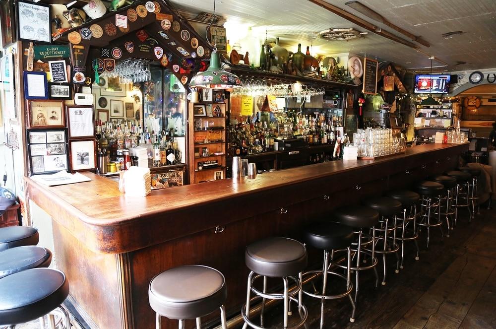 Ear Inn dive bar in Manhattan
