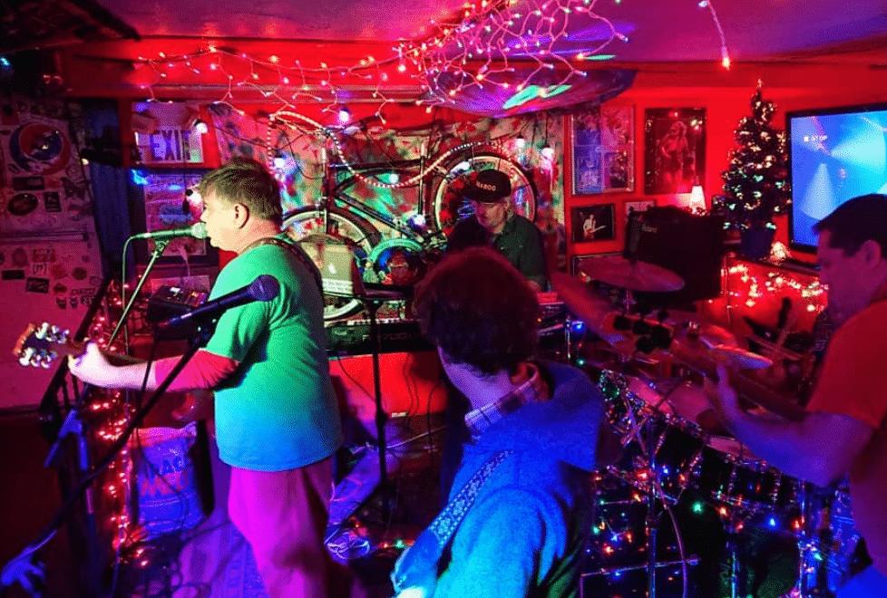 Liquid Blues Dive Bar in Woodstock, Illinois