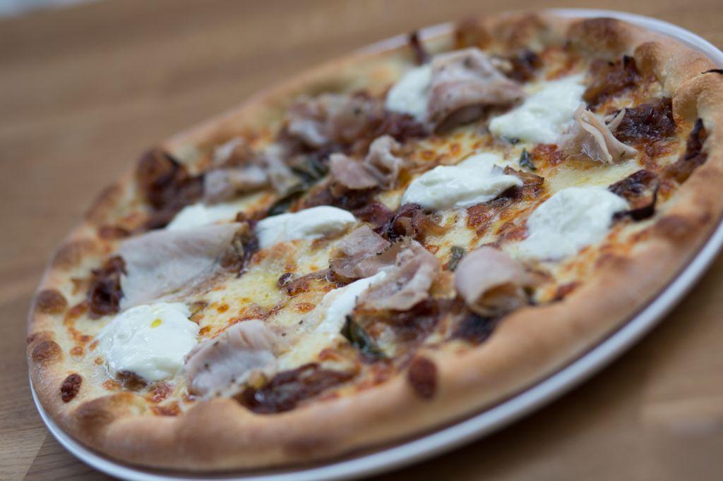 Barbarella Pizzeria In Antwerp