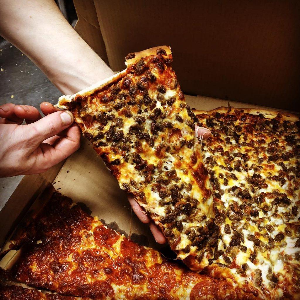 Old Shawnee Kansas City Pizza in Kansas State