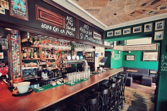 QP Pub Bar