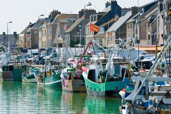 Saint-Vaast-la-Hougue Village