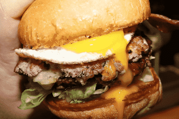 The 7 Best Montreal Burgers