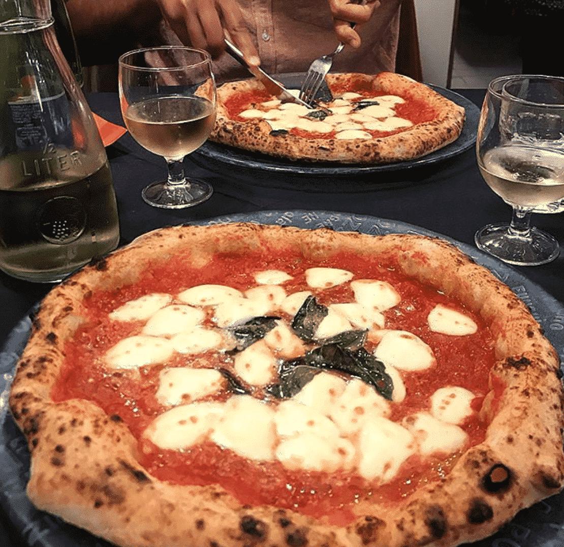 StaritaPizza In Naples