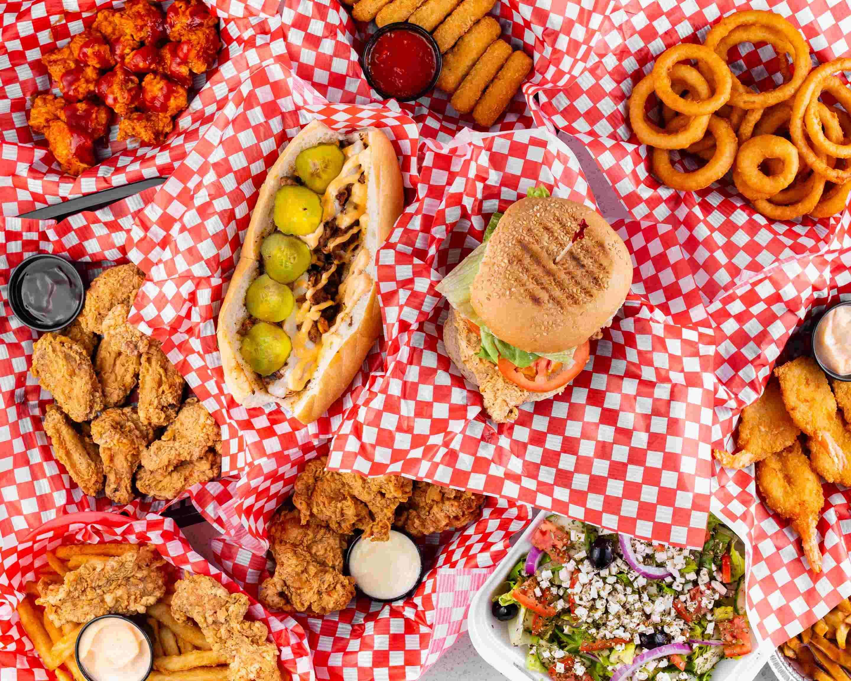 Crispy's Resto Grill in Ottawa
