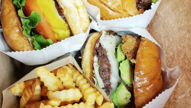 The best Hawaii Burgers you have to eat