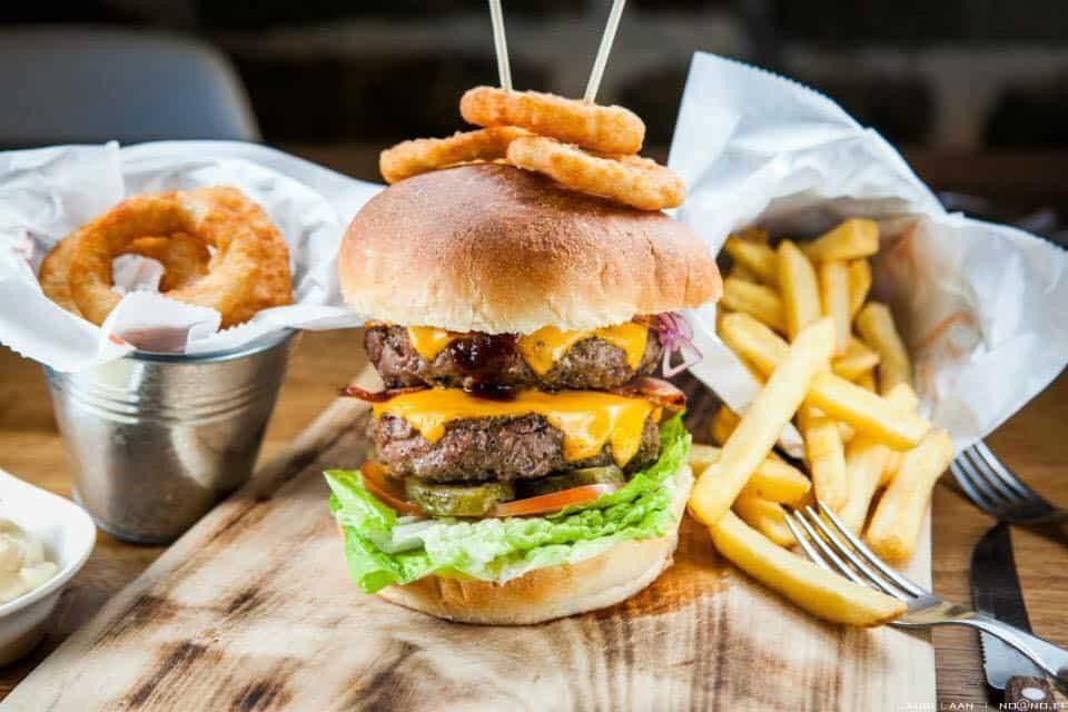 Burger & Ribi