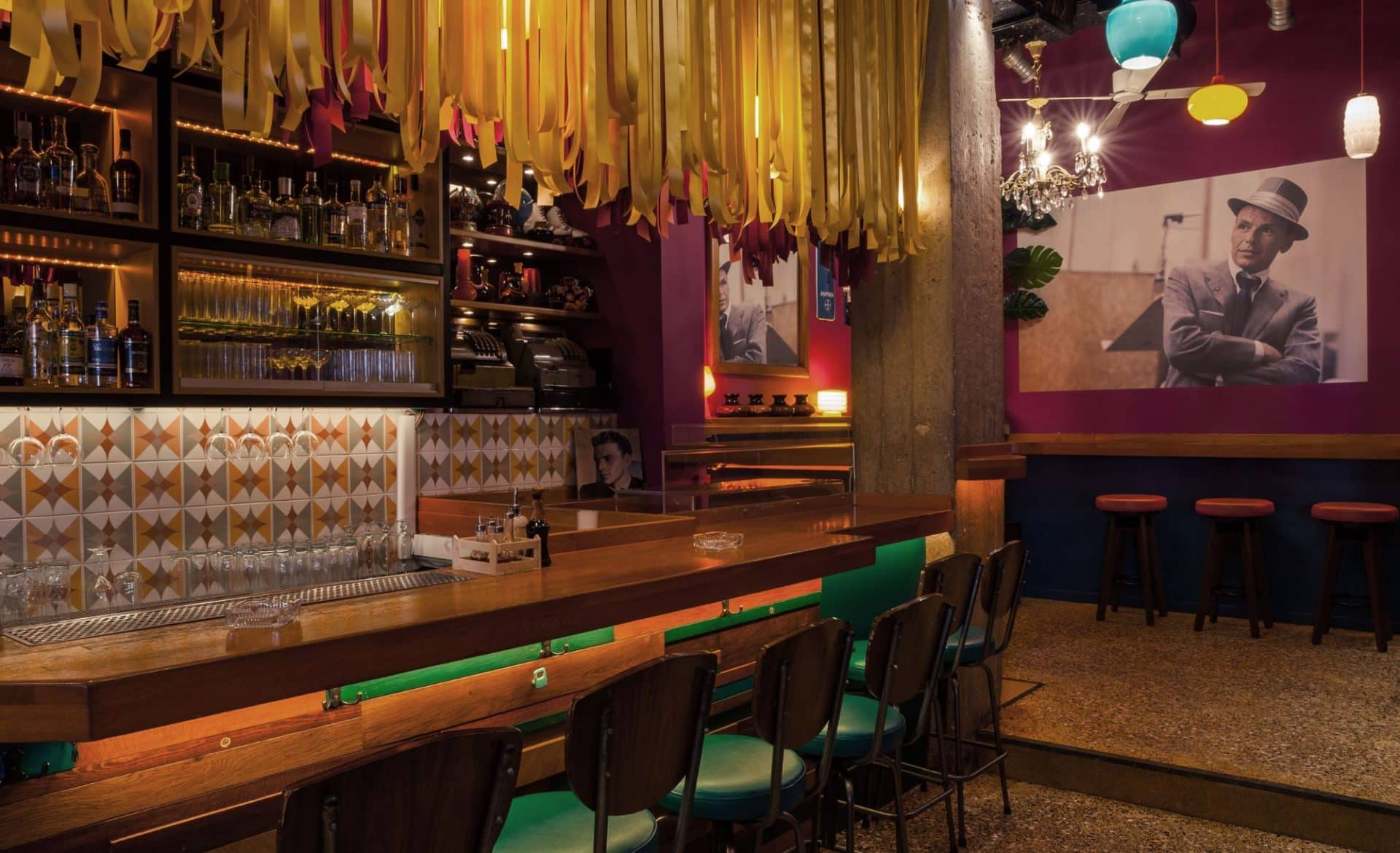 Drunk Sinatra Bar In Athens