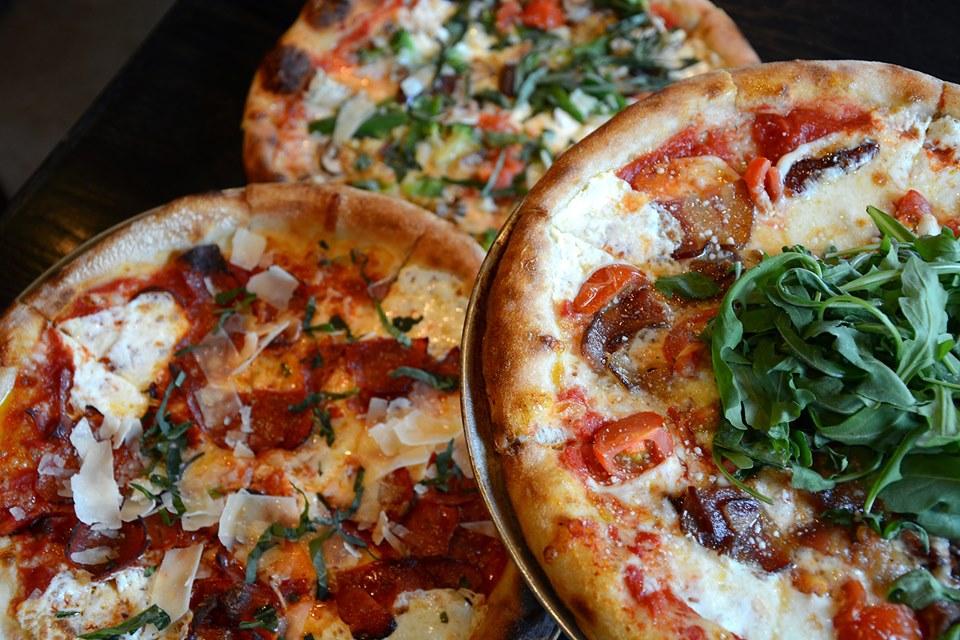 Coals Artisan Pizza in Louisville