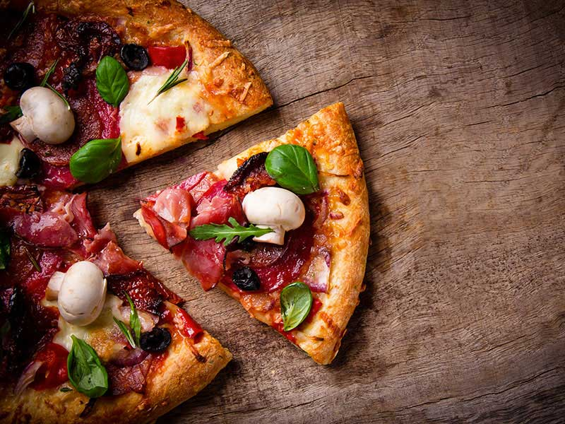 Where to Find Neapolitan Pizza in Turin Italy