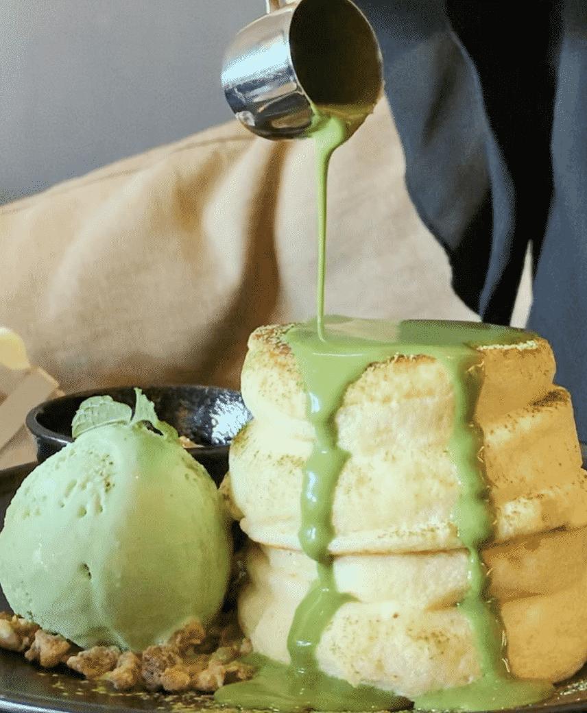 The matcha souffle pancakes