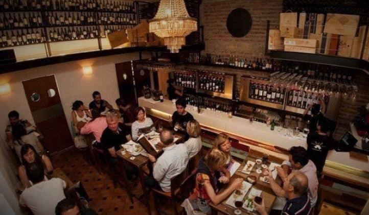 Bocanariz Bar in Santiago