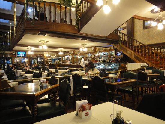 Café Victoria Bar