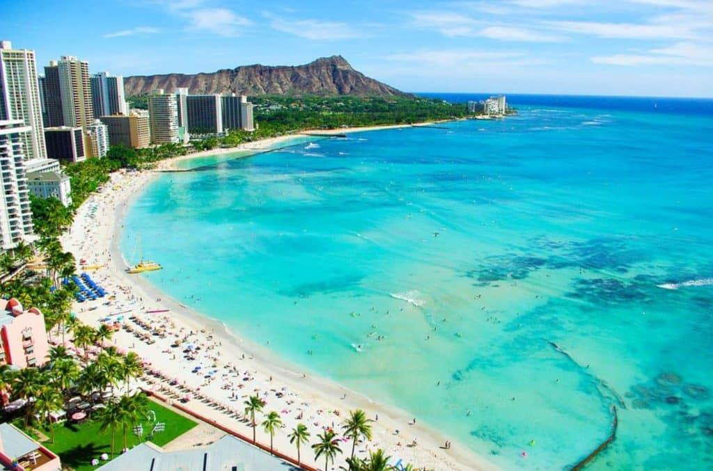 Hawaii tourism reopening