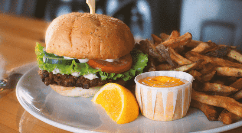 Where to Find the Best Burgers in Quebec City