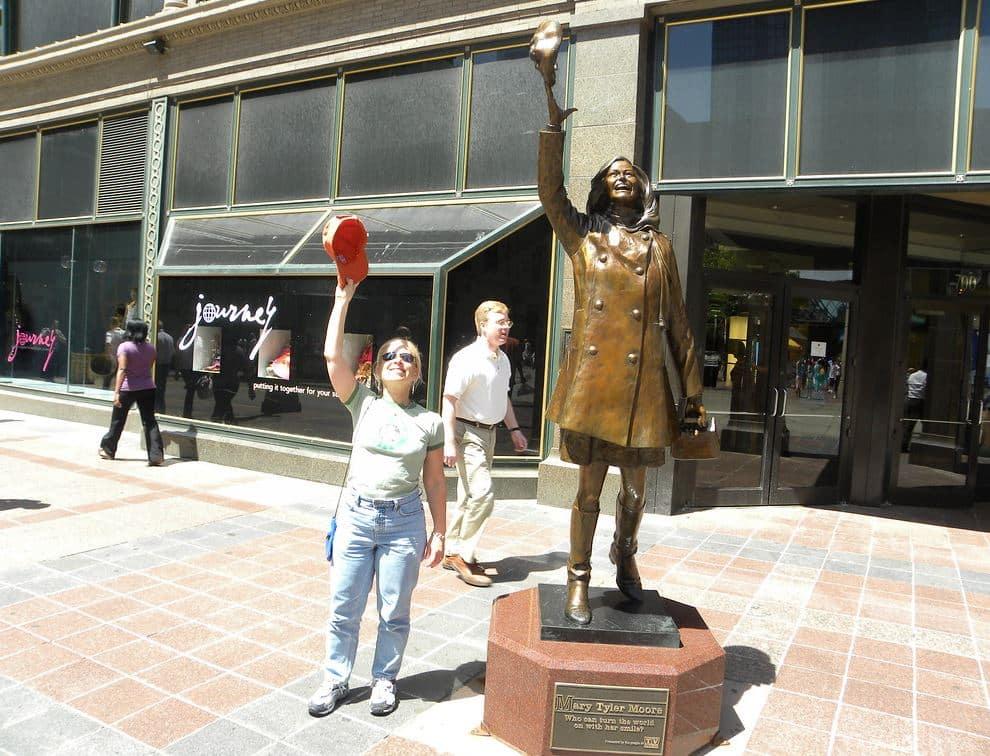 Mary Tyler Moore Statue Minneapolis