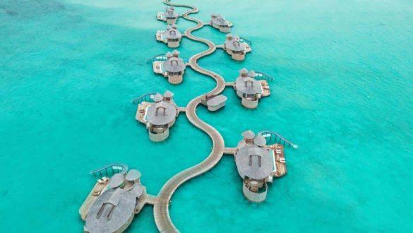 overwater maldives resorts