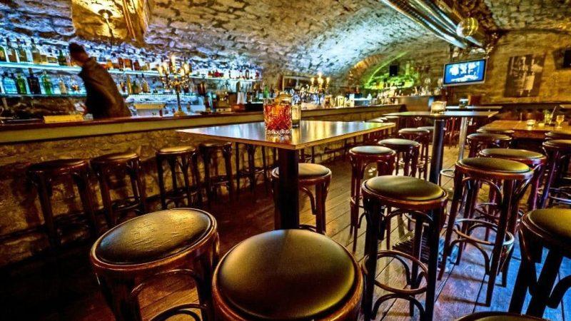 Schwarz-Weiss Bar Stuttgart