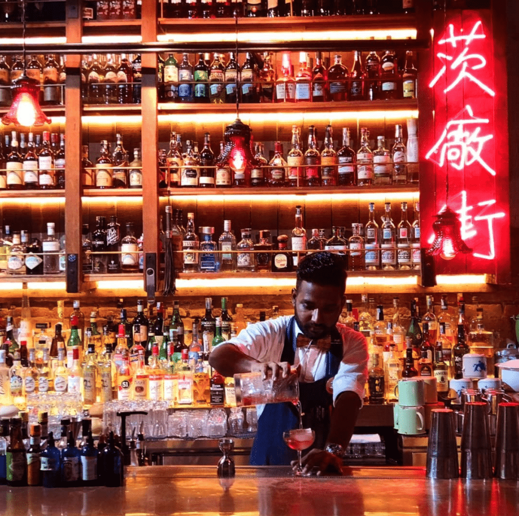 the best bars in Asia