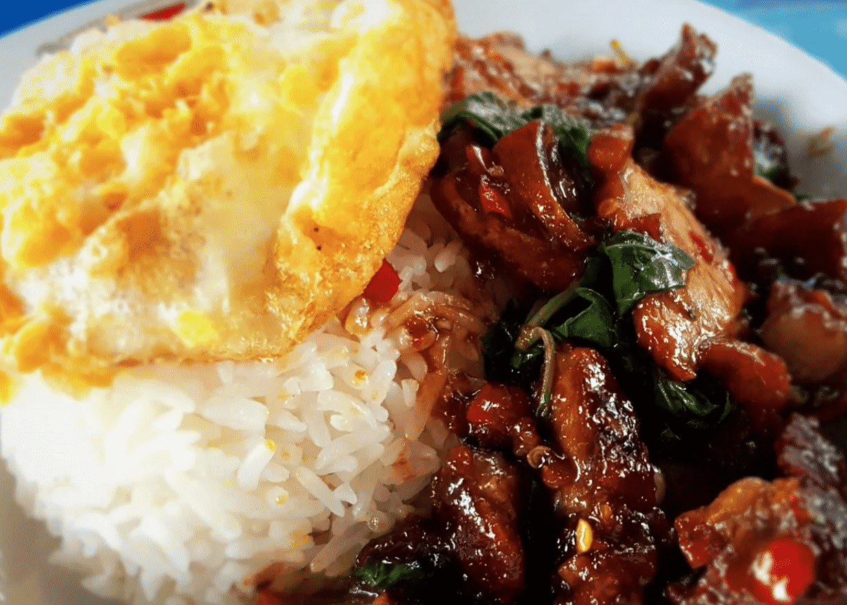 Pad Krapow Dishes To Eat In Thailand