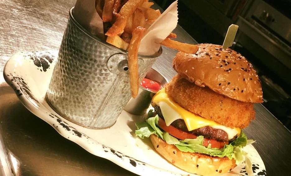 Gourmet Burgers in Irving Texas