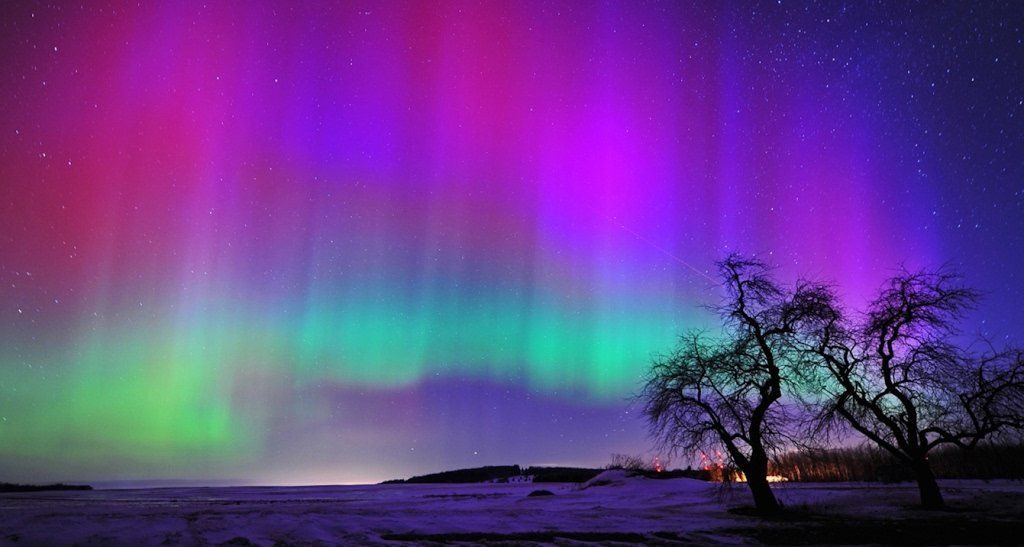 best places northern lights north America