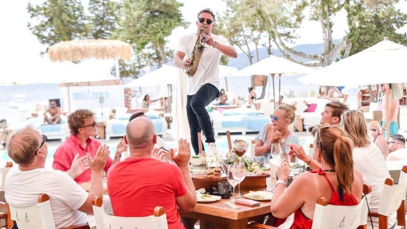 best beach bars in Ibiza