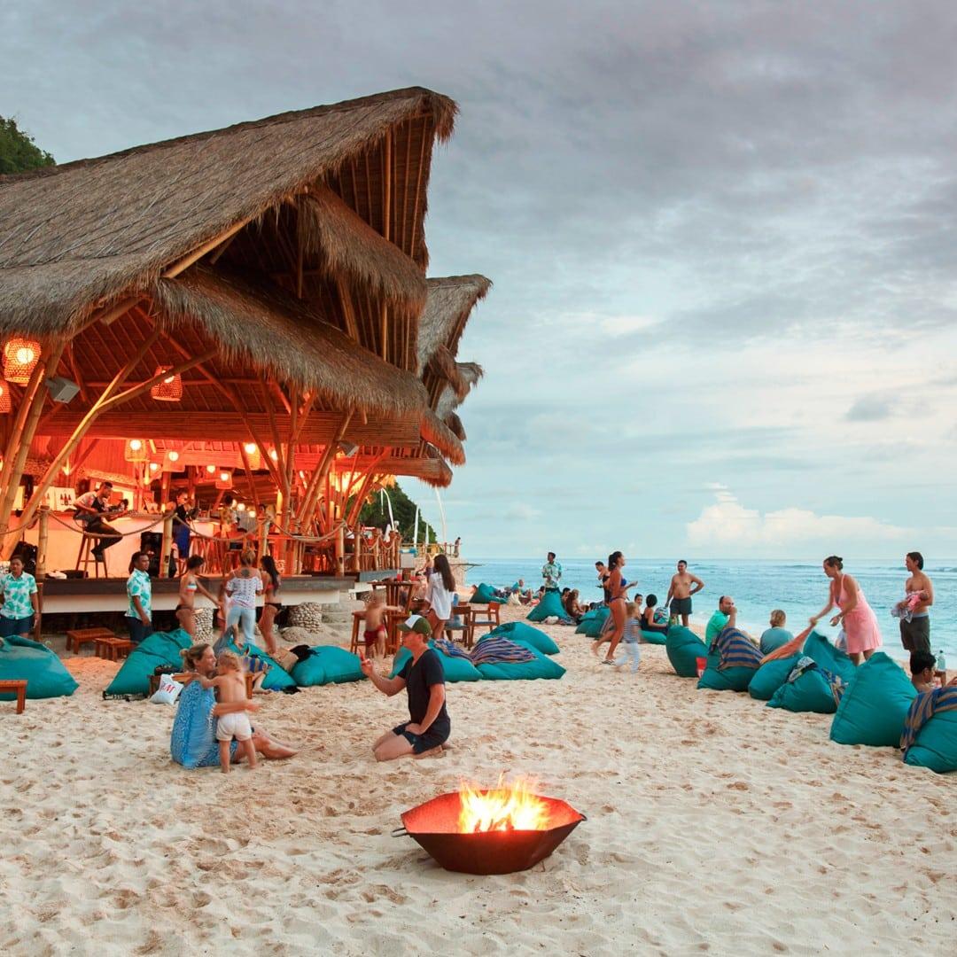 beach bars in Bali