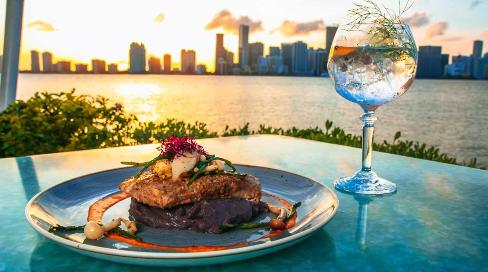 Best Spots for Thanksgiving Dinner in Miami