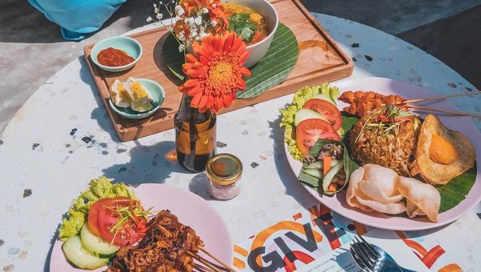 GIVE Cafe Bali Vegan
